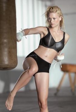 Sportovní podprsenka s kosticí Anita 5519 Momentum